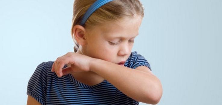La tos en niños y bebés explicada a las madres