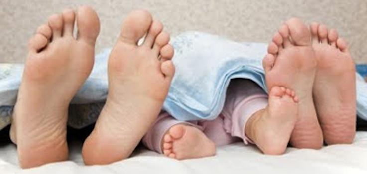 ¿Qué pasa si a partir de los 6 meses el colecho + lactancia da por resultado mal sueño?