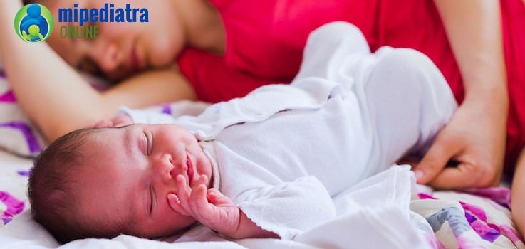 Colecho no aceptado: ¿Peleas para no meter al bebé en la cama?