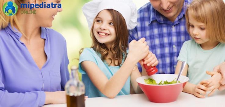 Sal y especias en la comida de niños y bebés